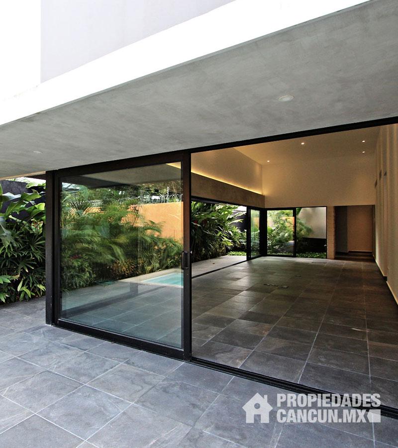 fachada02_casa_residencial_lagos_del_sol_cancun_colibred24